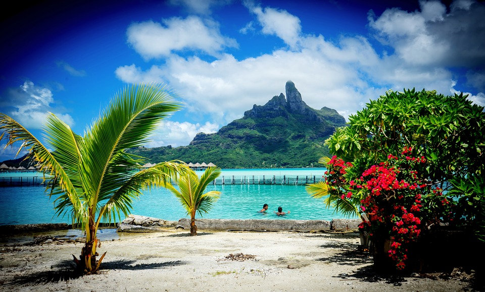 bora bora , luxury honeymoon, mount otemanu