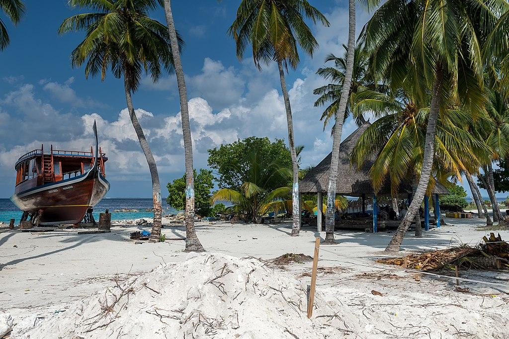 beach_in_Maldives